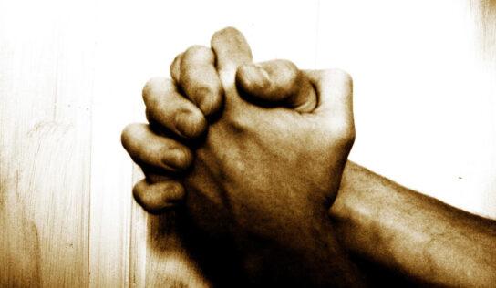 ¿Doctrina Revelada? // La oración de rodillas