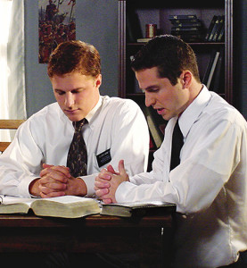 missionaries-mormon-lds-scriptures-study_1180161_inl